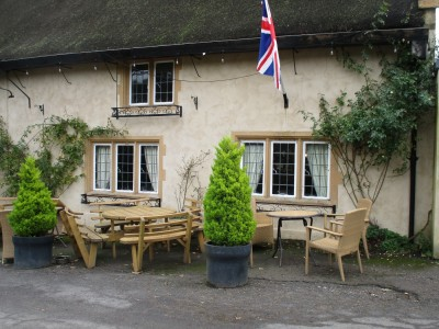 A35 dog-friendly inn and dog walk near Bridport, Dorset - Driving with Dogs