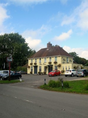 A27E dog-friendly pub and dog walk, West Sussex - Driving with Dogs