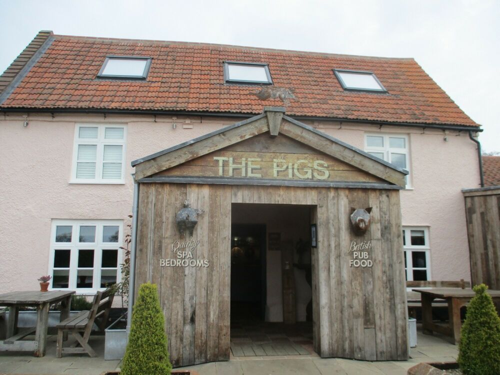 A148 Ranch-style dining, great for kids and dogs, Norfolk - Family and dog-friendly pub near the North Norfolk coast