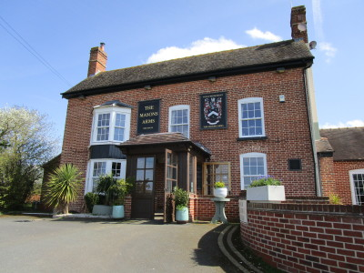 Martley dog-friendly pub, Worcestershire - Driving with Dogs