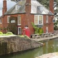 A377 canalside dog-friendly pub near Exeter, Devon - Devon dog-friendly pubs with walks.jpg