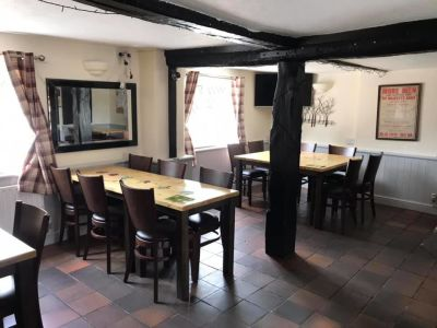 Dog-friendly village pub and garden near the War Museum, Cambridgeshire - Driving with Dogs