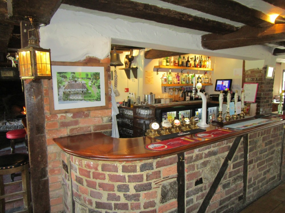A21 dog-friendly pub and short walk near Lamberhurst, Kent - Kent dog-friendly pubs with dog walks.JPG
