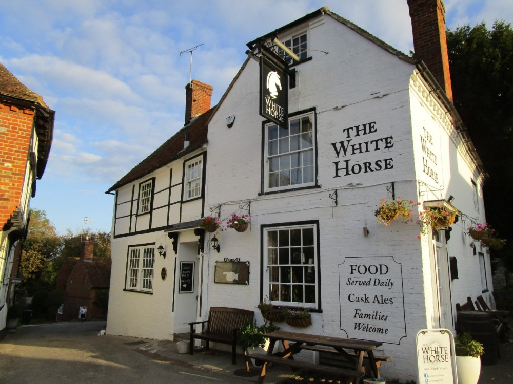 A252 doggiestop with pubs, Kent - Kent dog-friendly pubs with dog walks