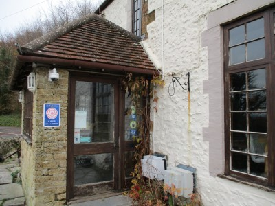A356 dog-friendly pub and dog walk near Crewkerne, Dorset - Driving with Dogs