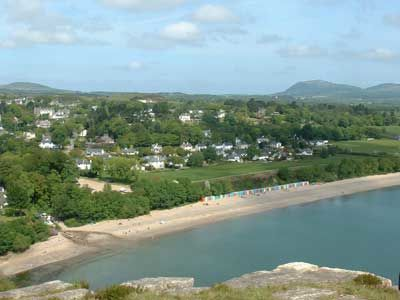 Pwllheli dog-friendly beach and walk, Wales - Driving with Dogs