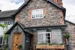 Country dining pub and dog walk near Loughborough, Leicestershire - Driving with Dogs