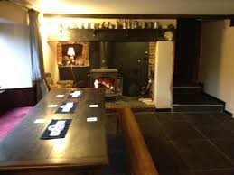 A303 Dog-friendly pub and dog walk near Culmhead, Somerset - Driving with Dogs