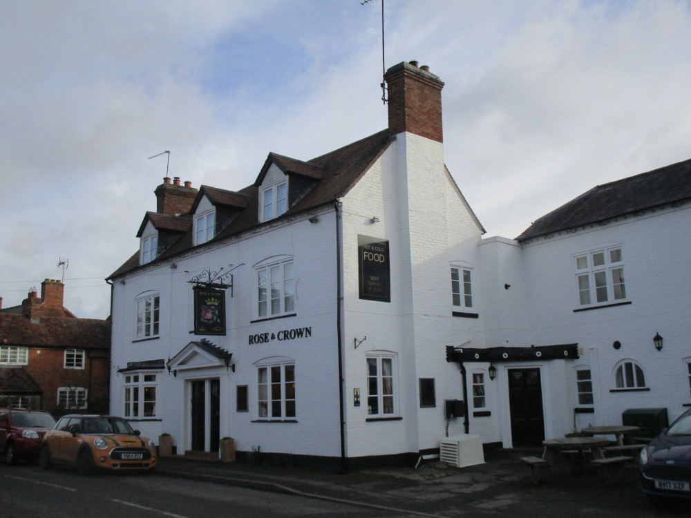 A441 dog-friendly village pub with dog walk, Worcestershire - Dog walks in Worcestershire