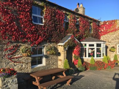A686 Dog-friendly pub with big views, Northumberland - Driving with Dogs