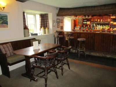 A3066 dog-friendly dining and dog walk, Dorset - Driving with Dogs