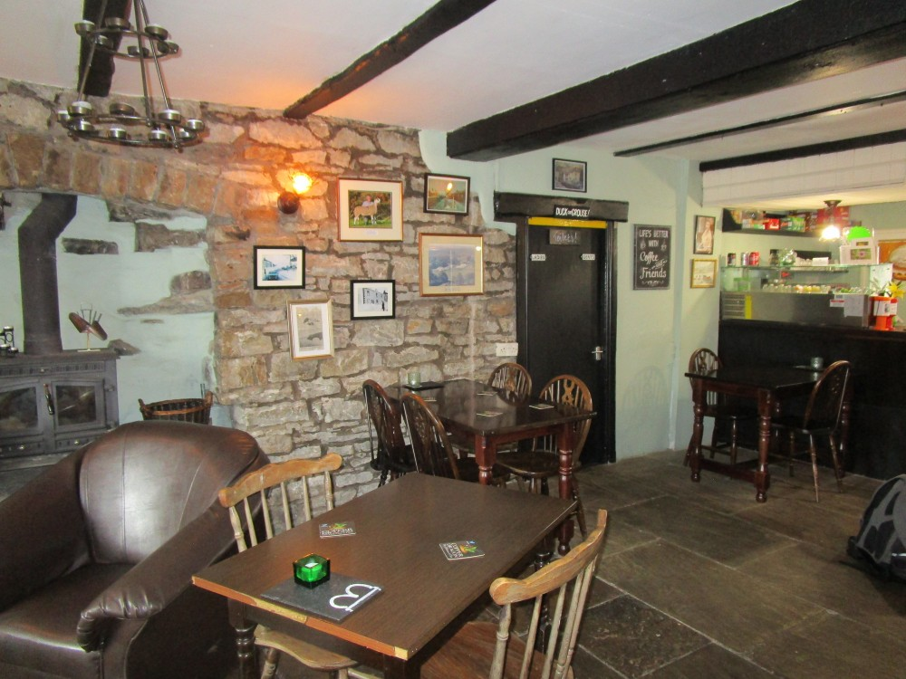 Garsdale dog walk and dog friendly pub, Cumbria - Dog walks in Cumbria