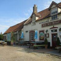 Dog-friendly pub with B&B by the beach, Norfolk - Norfolk dog-friendly pubs with B&B rooms.JPG