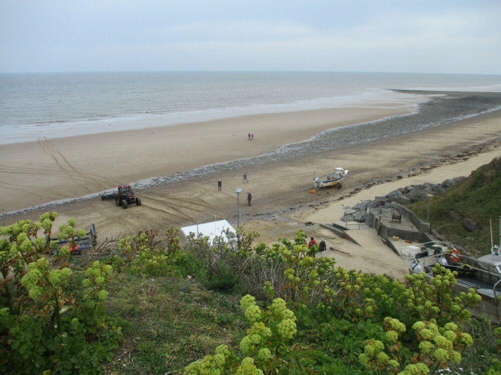 East Runton dog-friendly beach, Norfolk - Norfolk dog-friendly beaches.JPG