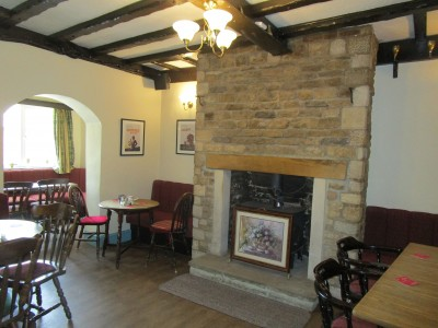 Arthingworth dog walk and dog-friendly pub, Northamptonshire - Driving with Dogs