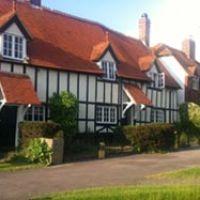 Dog-friendly pub and dog walk near Wantage, Oxfordshire - Dog-friendly inn and walks Oxfordshire.jpg