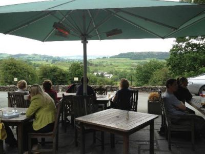Dog-friendly pub with rooms near Windermere, Cumbria - Driving with Dogs