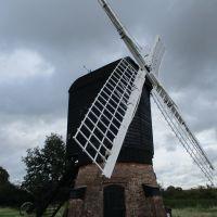 A Warwickshire windmill.JPG