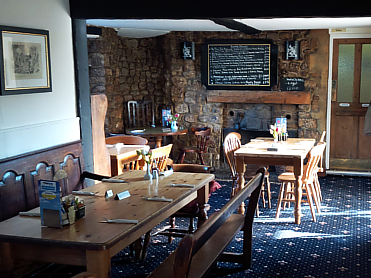 A361 dog-friendly pub and dog walk, Somerset - Driving with Dogs