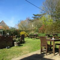 A149 Dog-friendly pub with old-school puds and a charming garden, Norfolk - Norfolk dog-friendly pub with garden