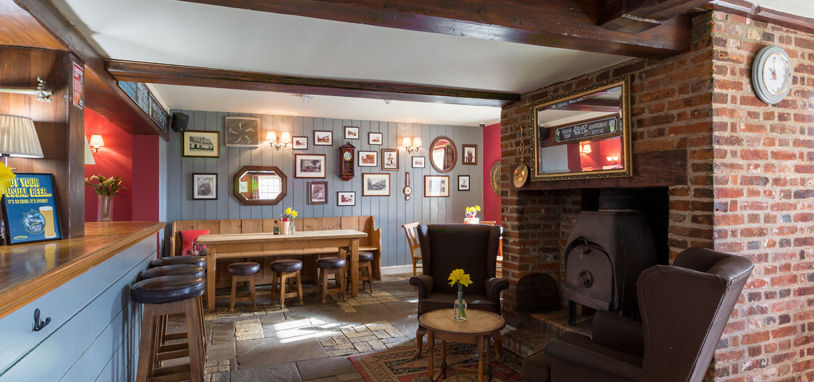 A12 dog-friendly pub with B&B rooms, Suffolk - Suffolk dog-friendly pub and dog walk