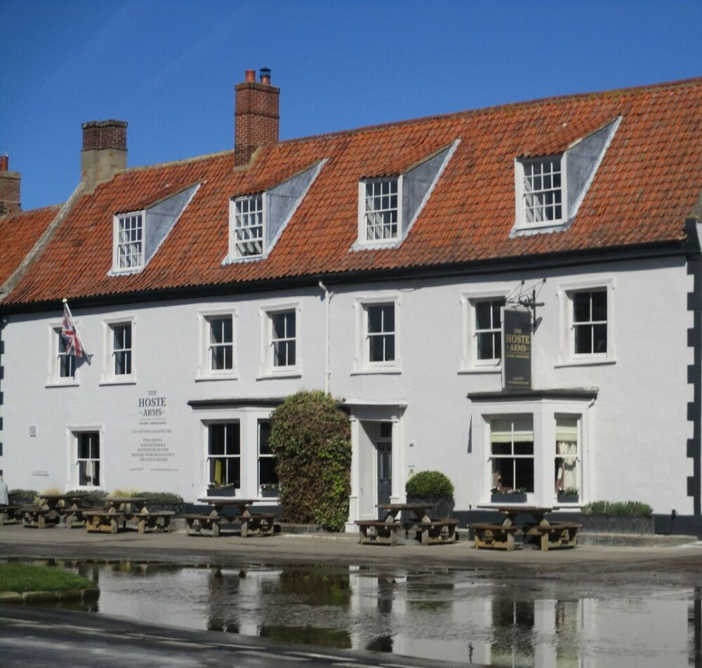 Burnham market dog-friendly pubs and cafes, Norfolk - Norfolk dog-friendly pubs with B&B rooms.JPG