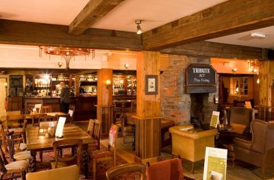 The Fieldhead Hotel - dog-friendly, Leicestershire - Driving with Dogs