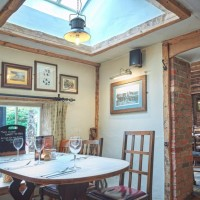 A360 dog walk and dog-friendly country inn near Salisbury, Wiltshire - Wiltshire dog friendly pub and dog walk