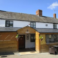 Fosse Way dog-friendly pub and walk, Warwickshire - Warwickshire dog-friendly pubs and walks.JPG