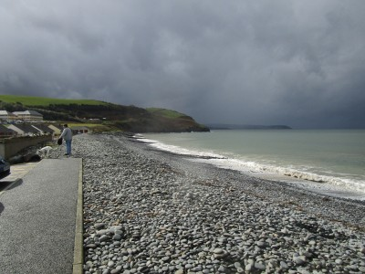 Aberaeron dog-friendly beach, Ceredigion, Wales - Driving with Dogs