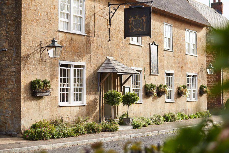 A30 pretty village and a fine country inn, Somerset - Somerset dog-friendly pub and dog walk.jpg
