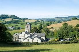 Dog-friendly country pub and dog walk near Windermere, Cumbria - Driving with Dogs