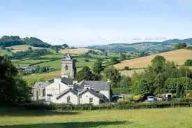 Dog-friendly country pub and dog walk near Windermere, Cumbria - Cumbria dog-friendly pub and dog walk