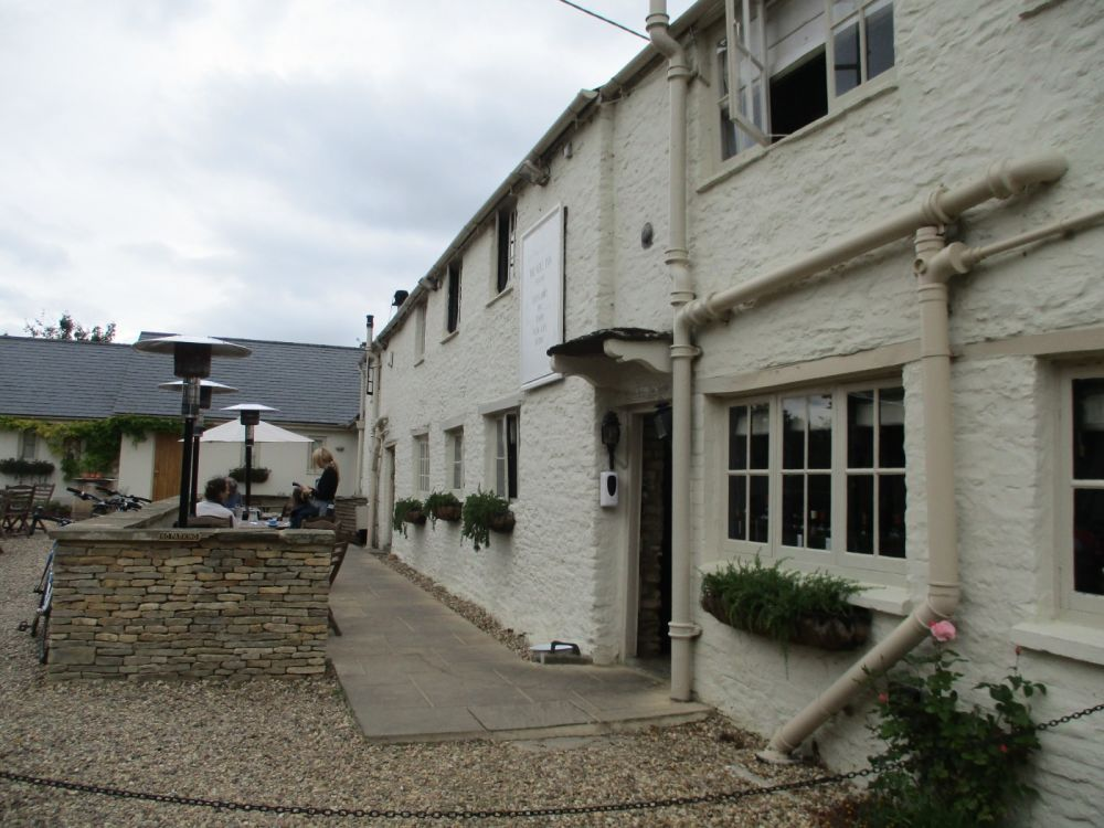 Dog-friendly country inn with B&B near Burford, Oxfordshire - Dog walks in the Cotswolds.JPG