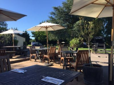 Dog-friendly dining pub and walk close to M11 Jct 13 and Cambridge, Cambridgeshire - Driving with Dogs