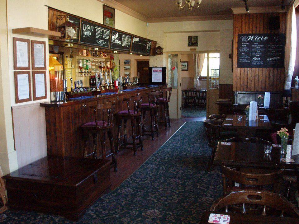 Village pub and dog walks, Kent - Dog-friendly pub and dog walk near Folkestone