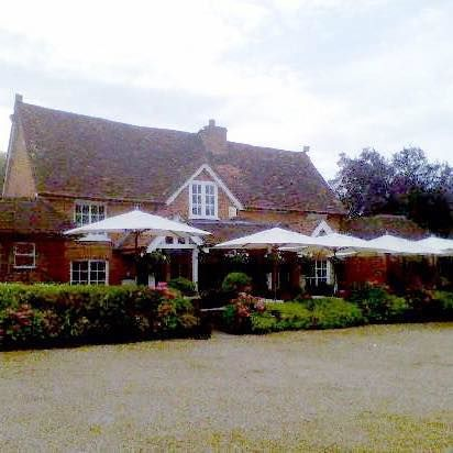 A330 dog friendly pub near Bracknell, Berkshire - Berkshire dog friendly pub
