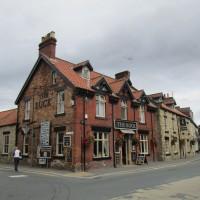 Little Venice doggiestop with dog-friendly pub, Yorkshire - Yorkshire dog-friendly pub and dog walk
