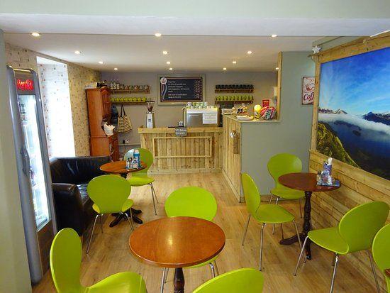 Dog-friendly cafe in Ambleside, Cumbria - Cumbria dog-friendly cafe