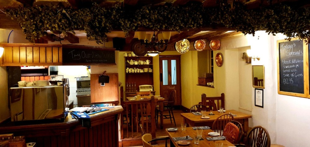 Dog walk and dog-friendly pub near Melton Mowbray, Leicestershire - Dog-friendly places to stop and walk near the A1.jpg