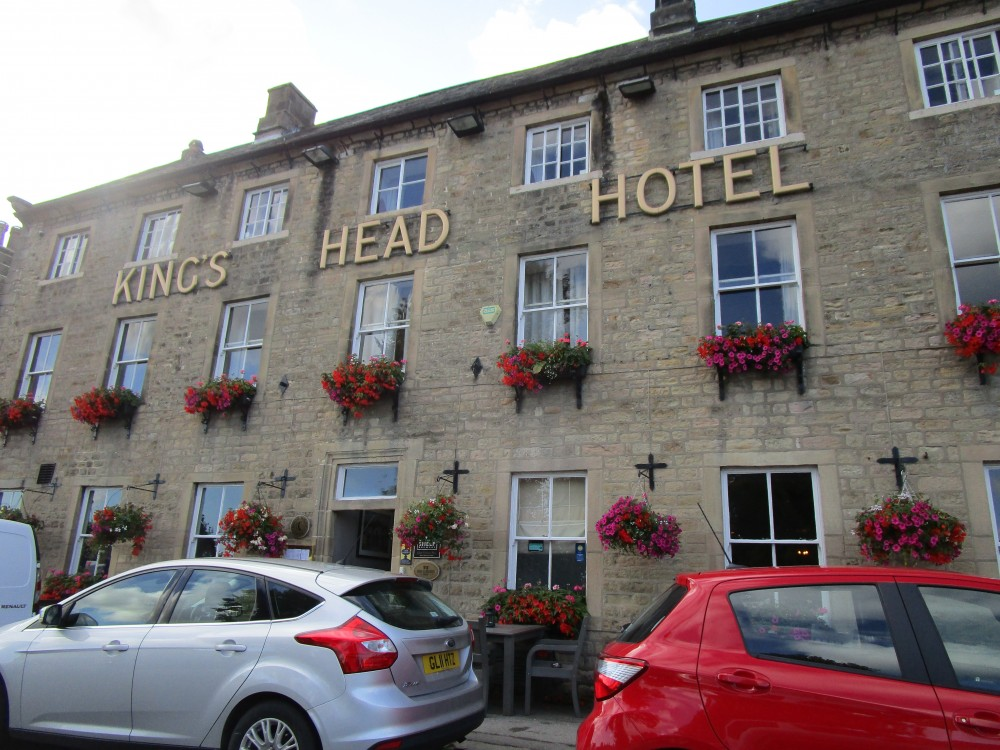 Masham dog-friendly pub and dog walk, Yorkshire - Yorkshire dog-friendly pub