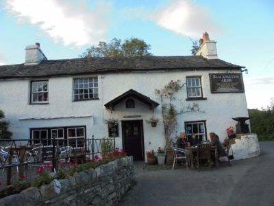 Traditional Lakeland country pub and great food, Cumbria - Driving with Dogs