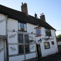 A28 riverside dog walk from a dog-friendly pub, Kent - Kent dog-friendly dog walk and dog-friendly pub