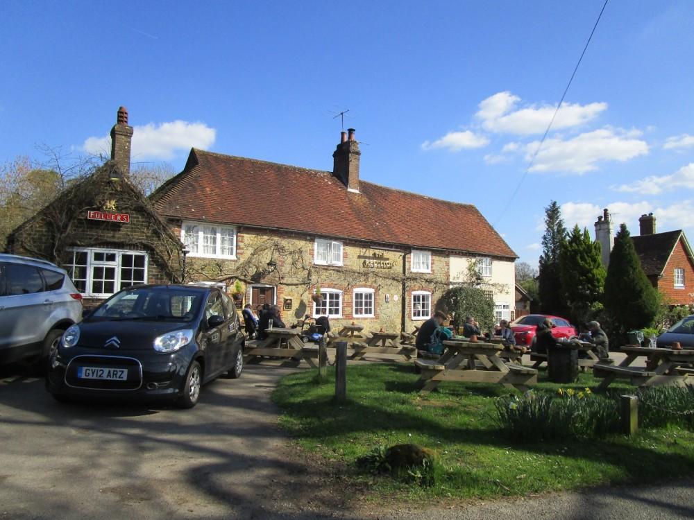 A286 Woodland walk and dog-friendly pub, West Sussex - Sussex dog-friendly pub and dog walk.JPG