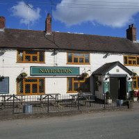 Dog-friendly pub and dog walk near Kingswinford, Staffordshire - Staffordshire dog-friendly pub and dog walk