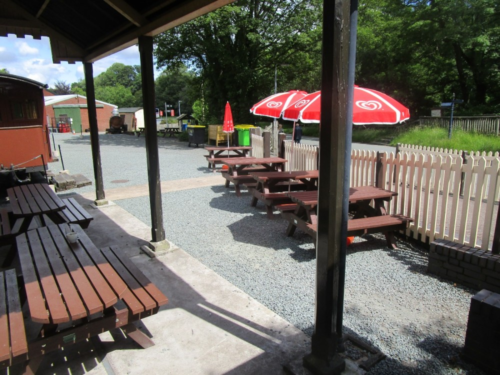 A458 Brief encounter and dog walk near Welshpool, Wales - dog-friendly pubs and dog walks in Wales.JPG