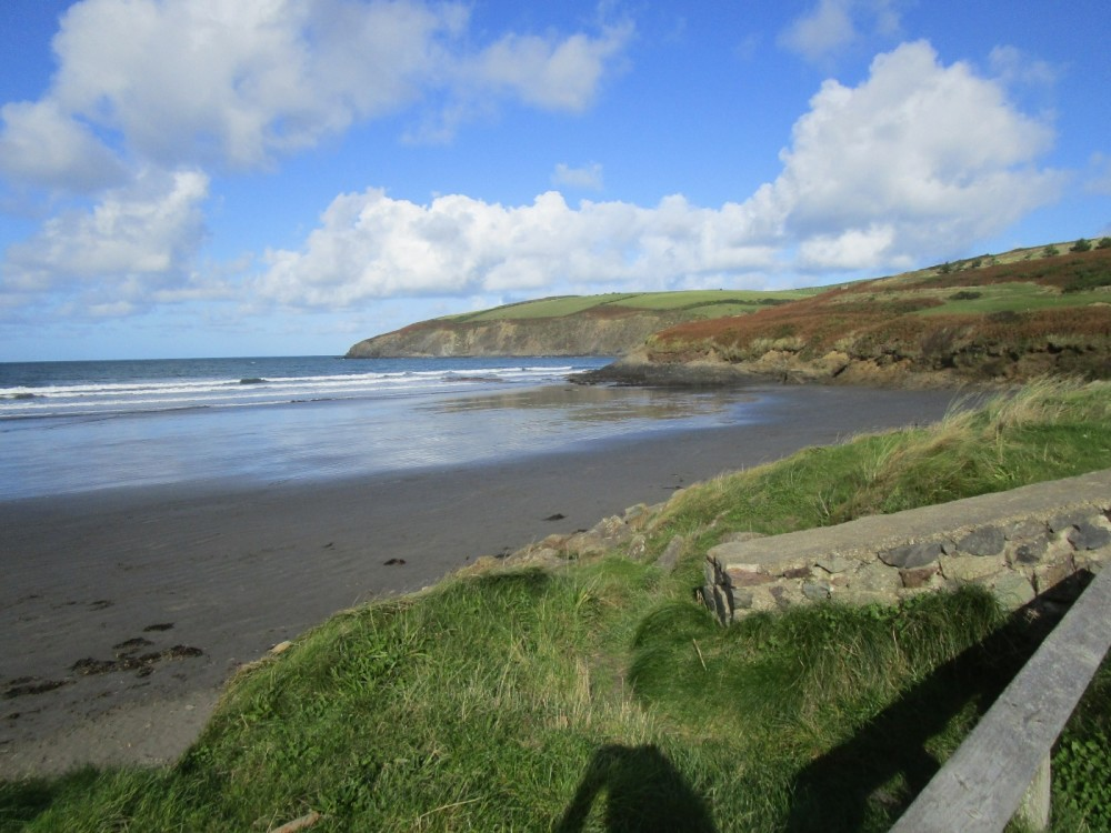 Big sandy dog-friendly beach in Pembrokeshire, Wales - IMG_5851.JPG