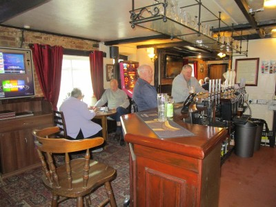 Popular Village dog-friendly pub and dog walk, Kent - Driving with Dogs